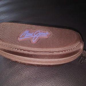 Maui Jim's zip clamshell sunglass case
